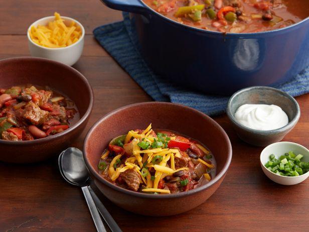 Tasty Tuesday Recipe- Hearty Sirloin Chili